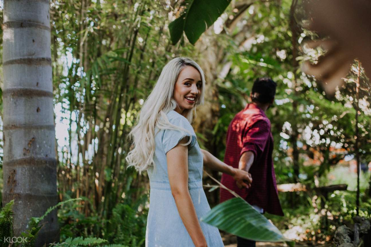 couple at the Wanneroo Botanic Gardens