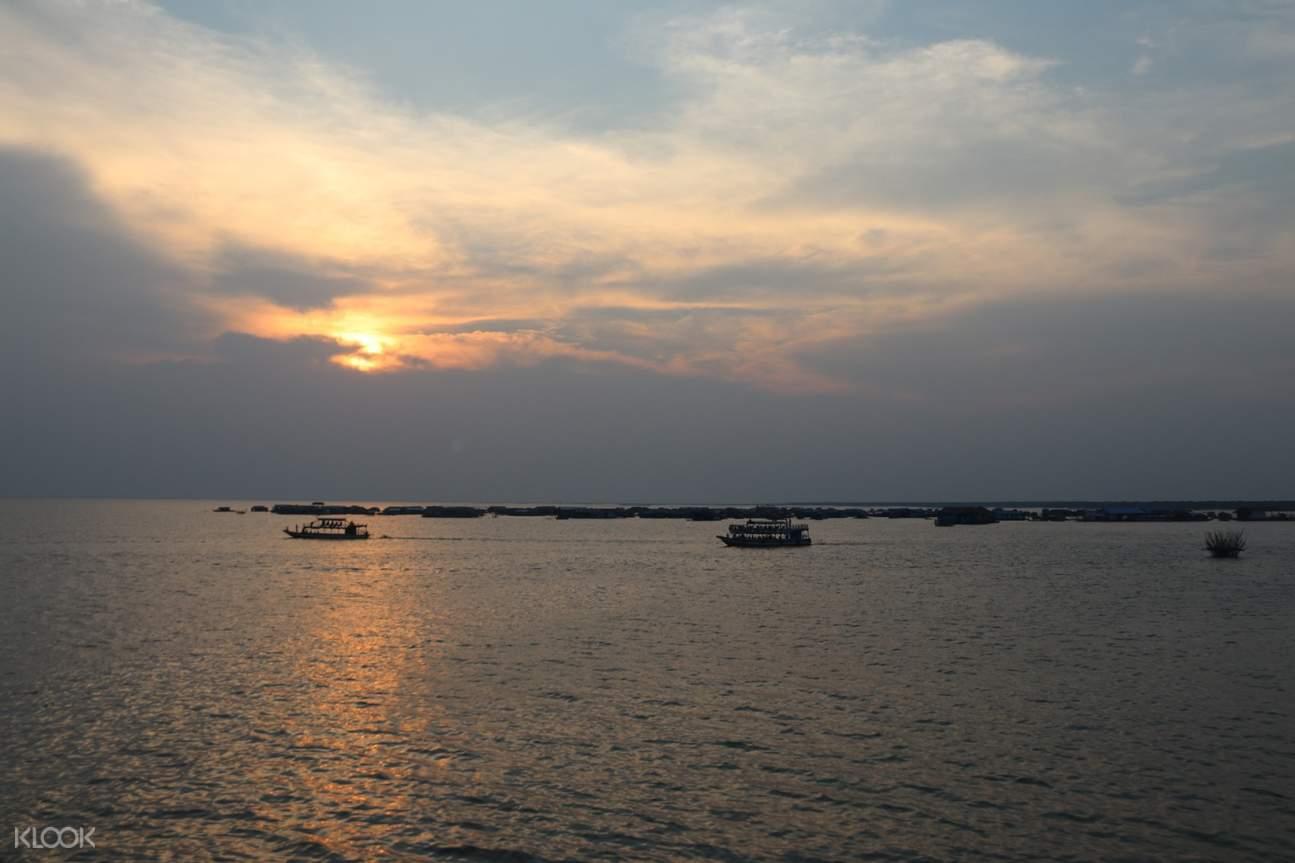 tonle sap lake in cambodia