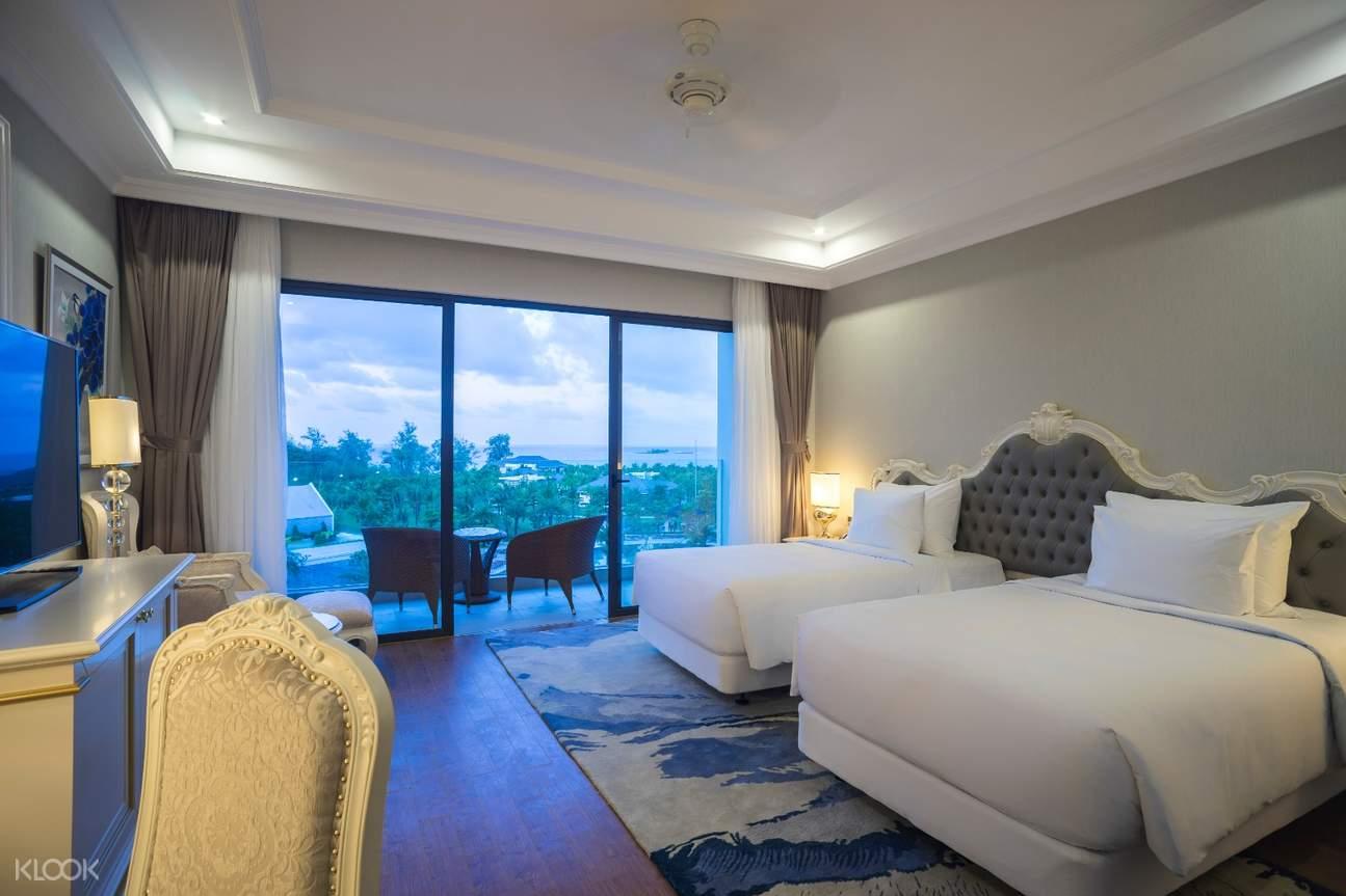 Deluxe Room in Radisson Blu Resort Phu Quoc