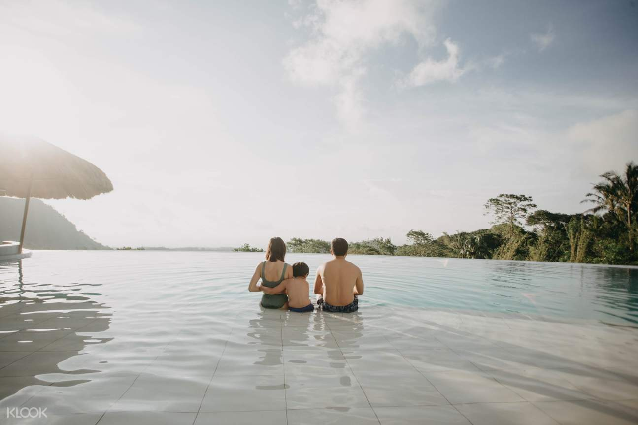 infinity pool at ilaya highland resort