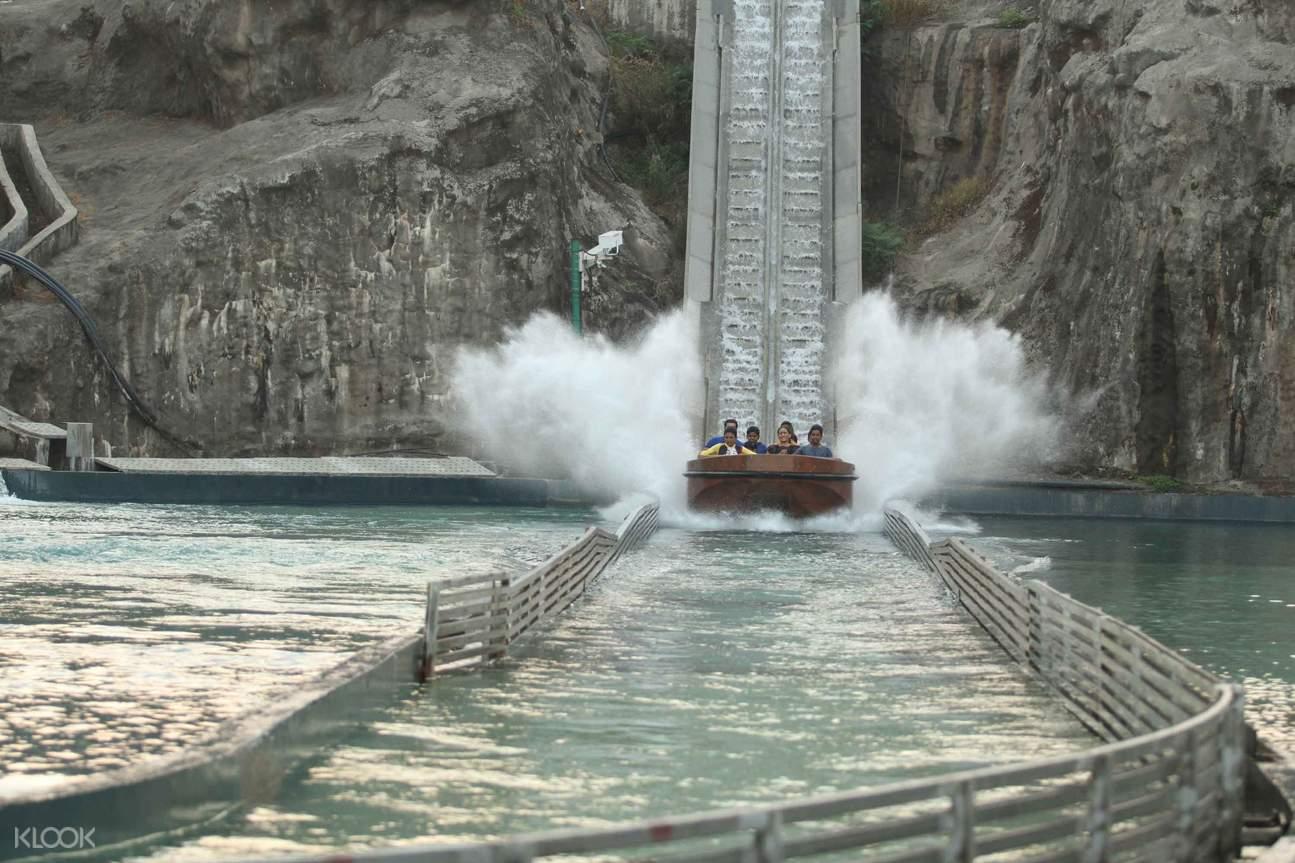 imagica water park drop slides