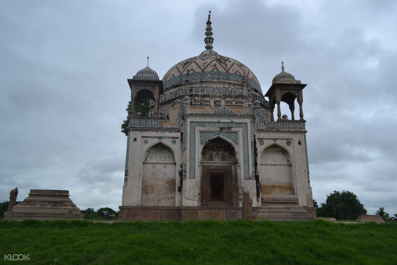 Tomb of Lal Khan