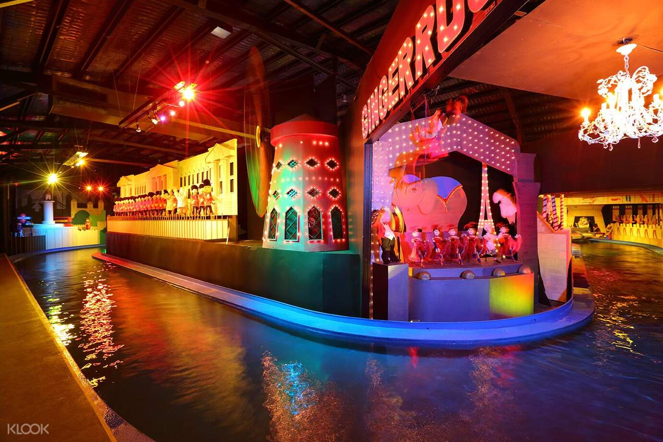 boat ride attraction inside ginger factory