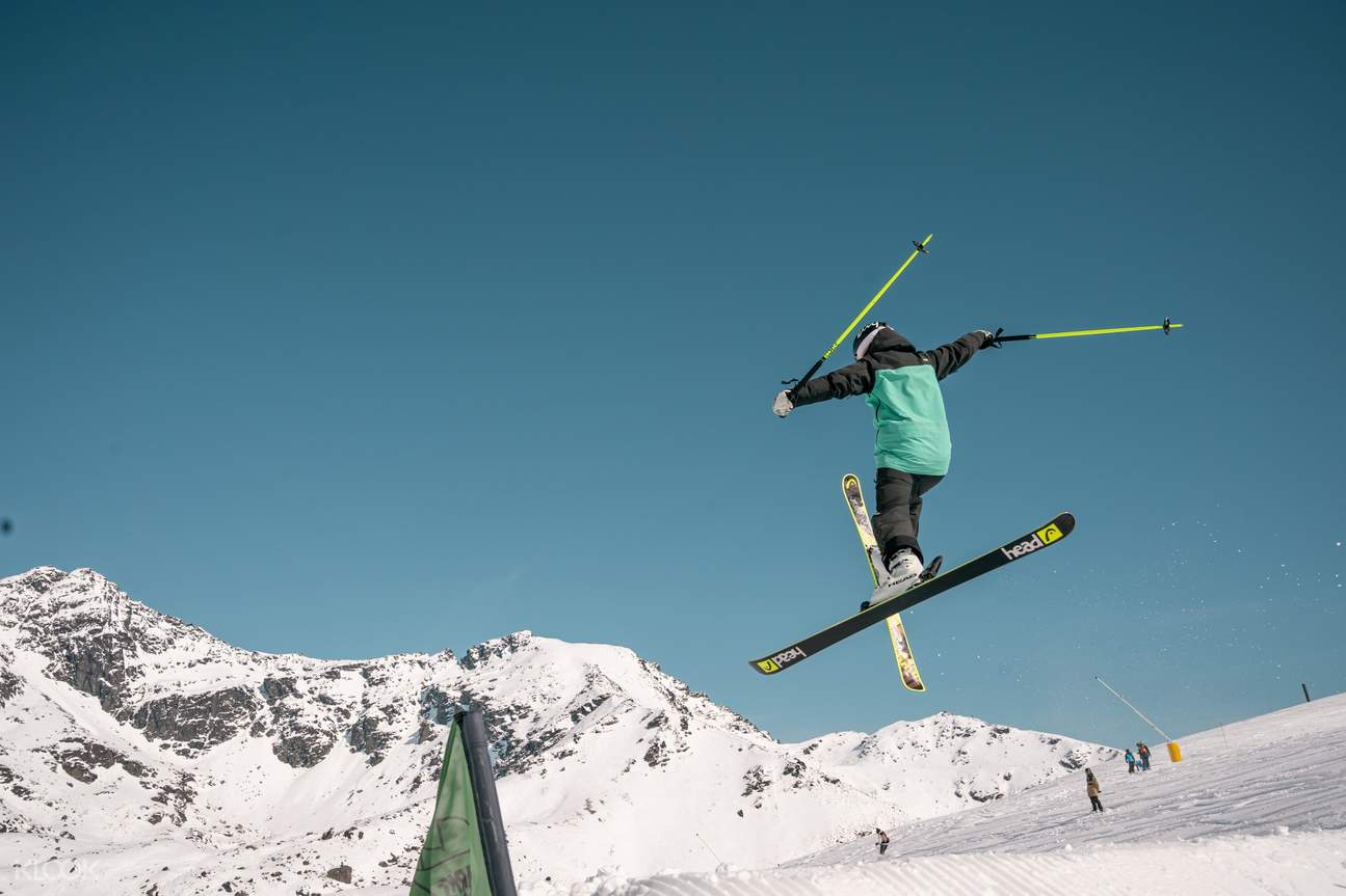 queenstown skiing
