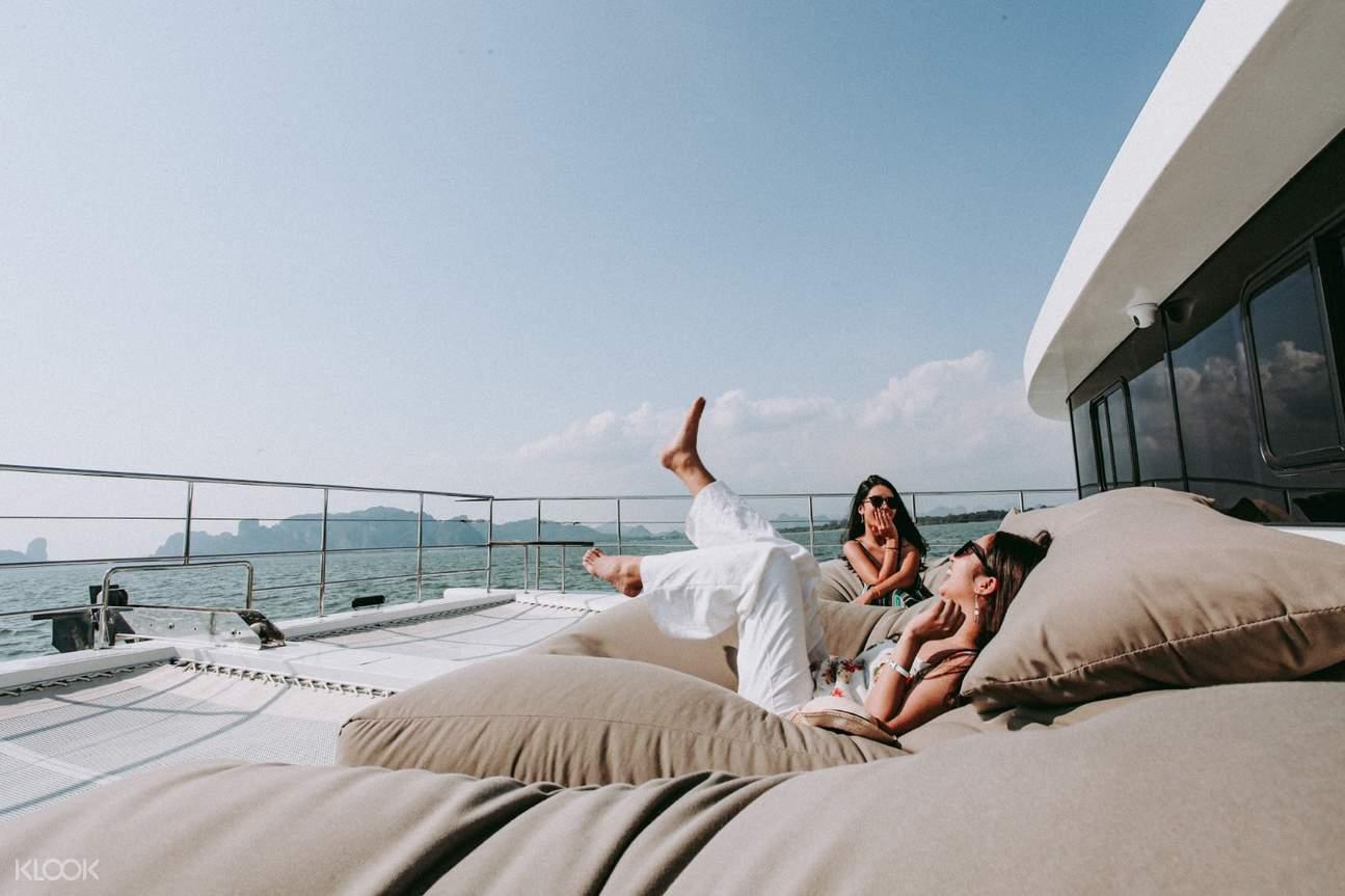 Luxury Cruise Sunset Tour 2