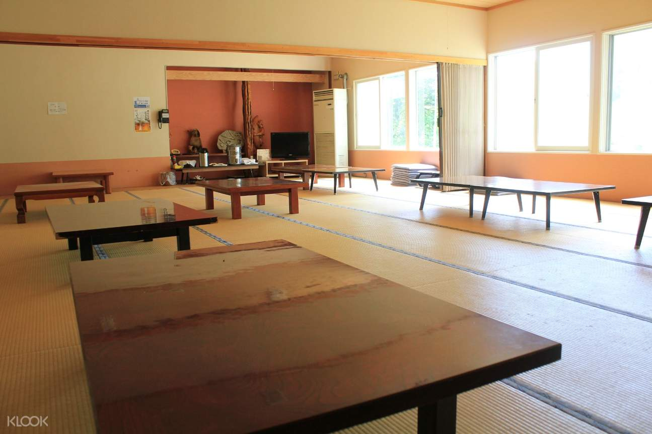 lounge area in yunomoto onsen