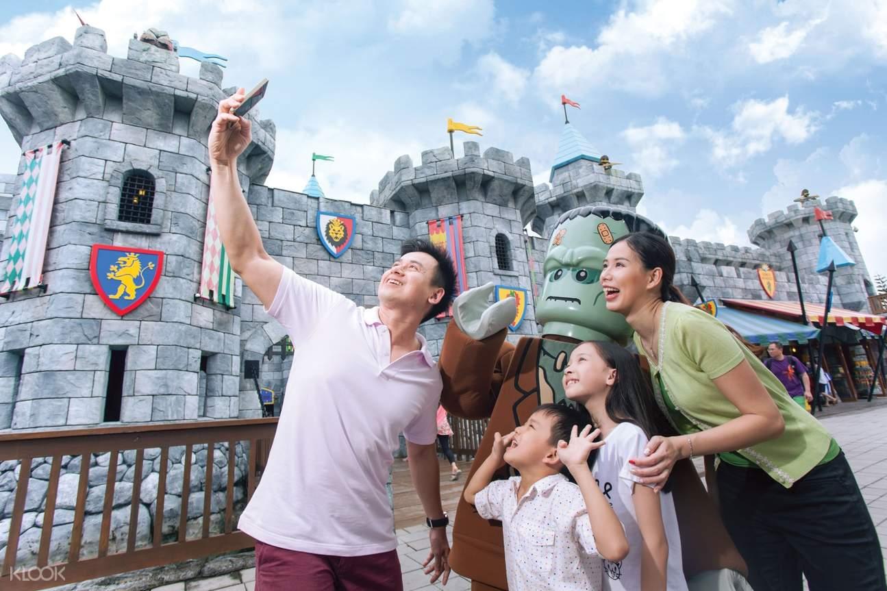 selfie next to castle