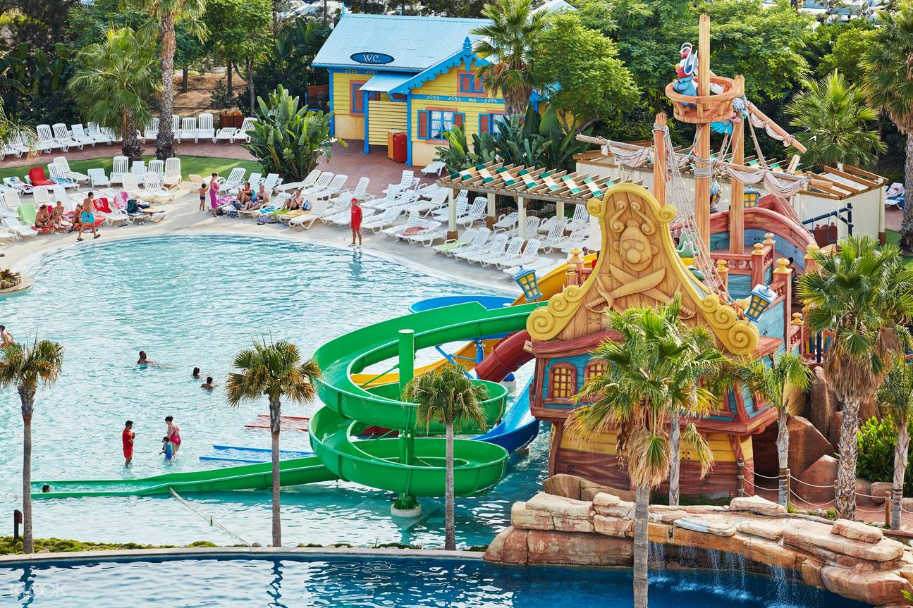 slide in portAventura caribe water park