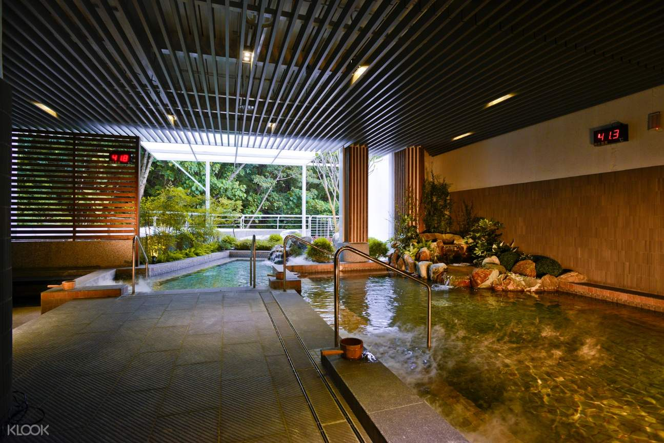 indoor hot spring in gaia hotel