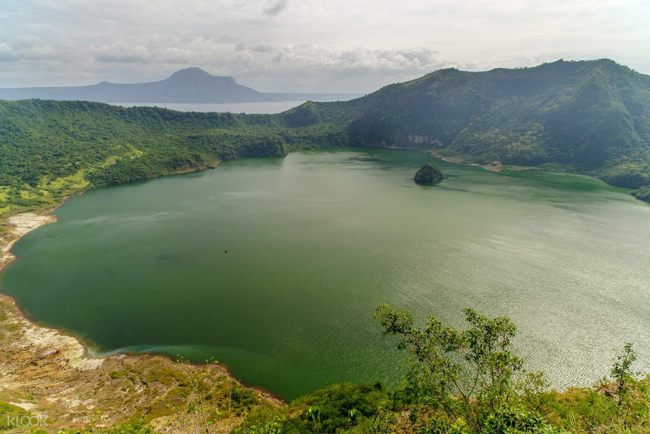 Taal Lake View Tagaytay Private Day Tour from Manila