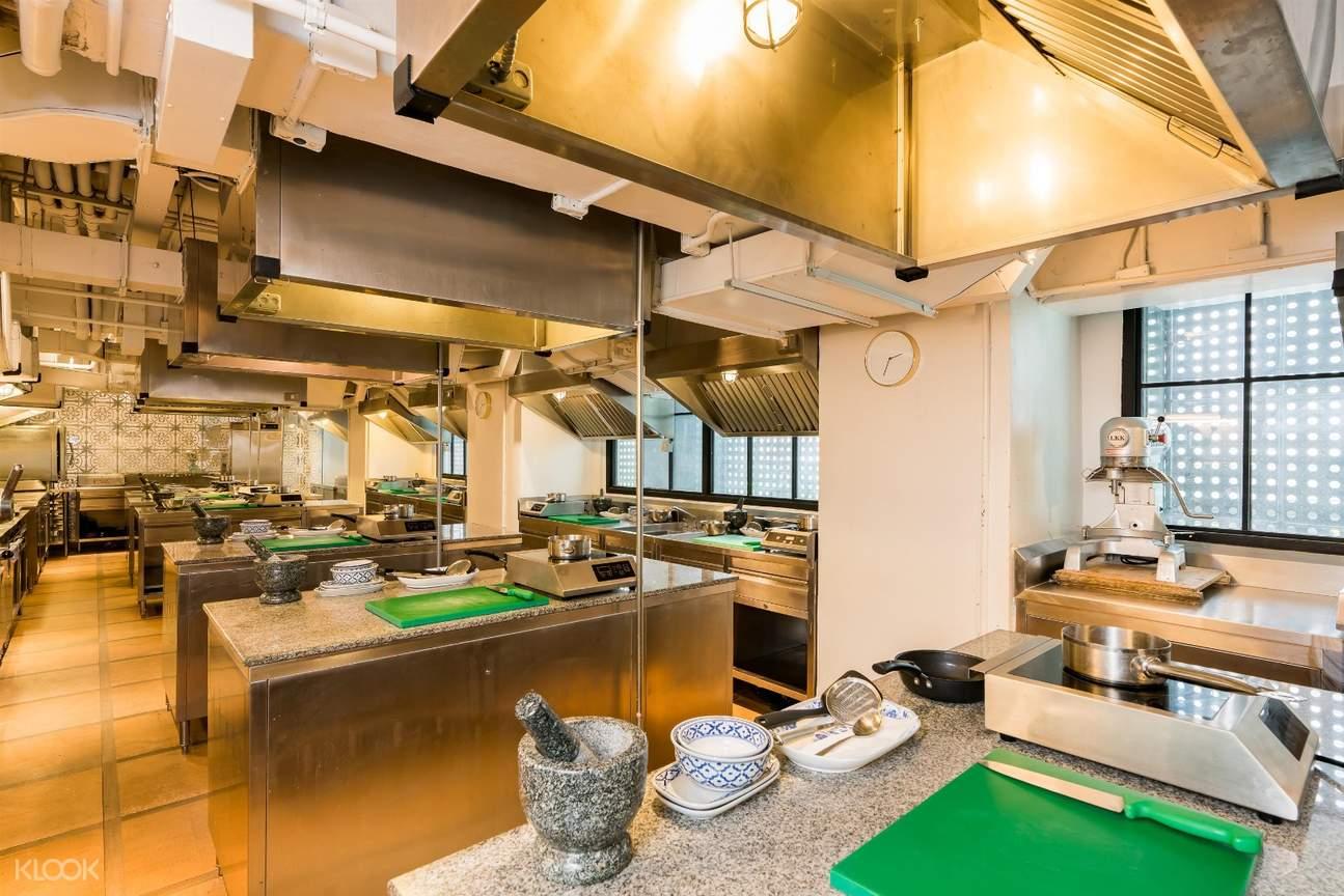 di dalam roschas culinary school