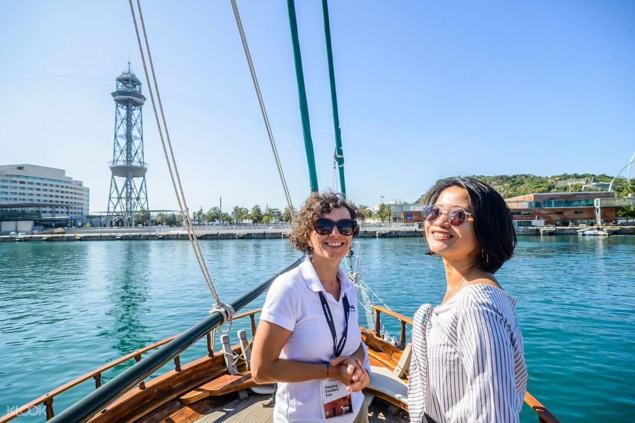 Barcelona boat tour
