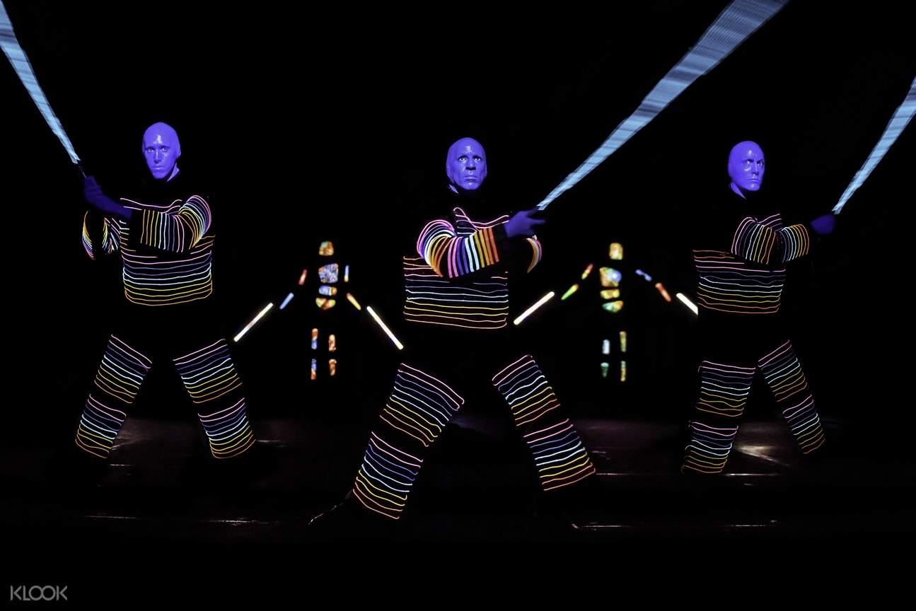 蓝人乐团灯光秀