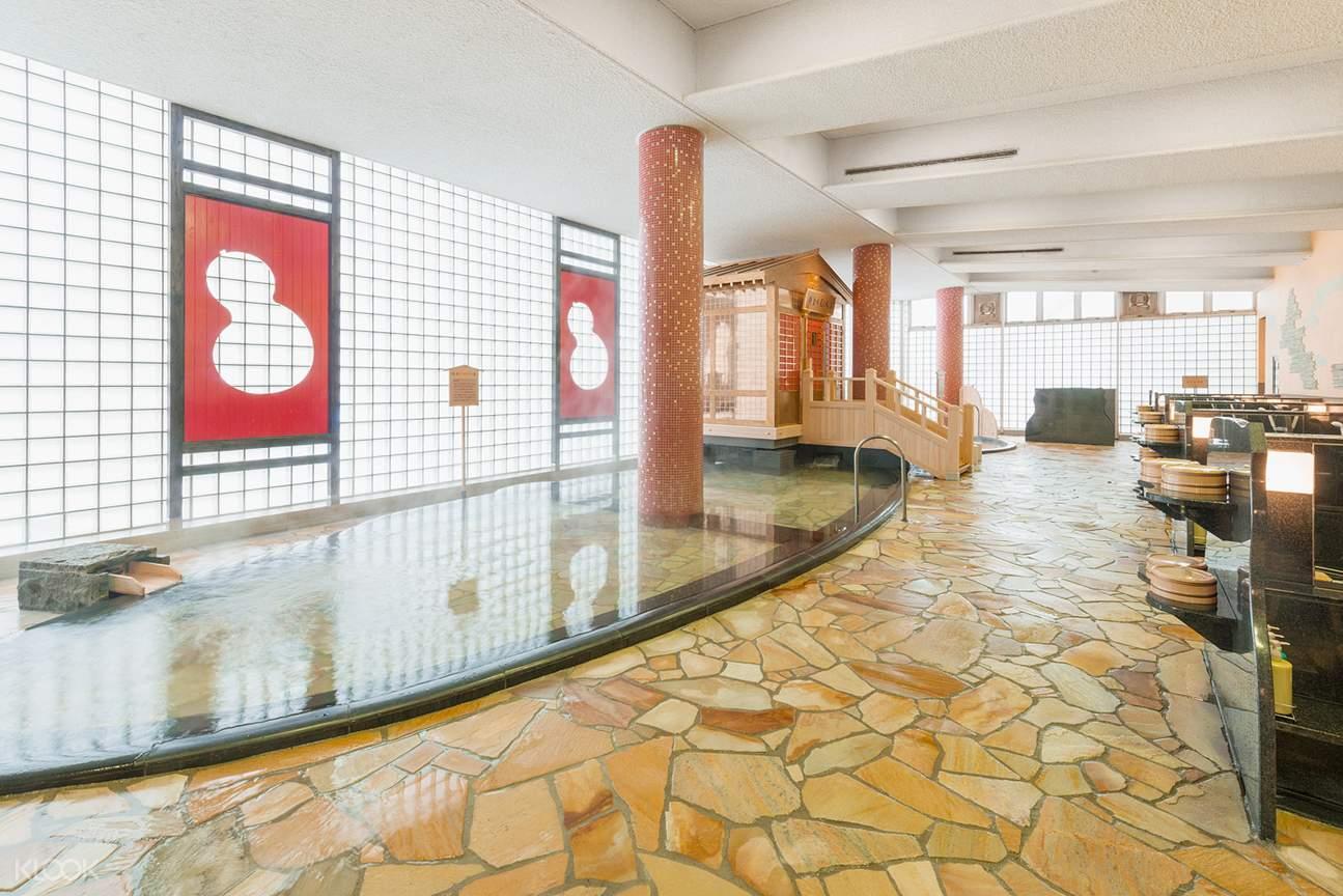 indoor hot spring in arima onsen taiko-no-yu
