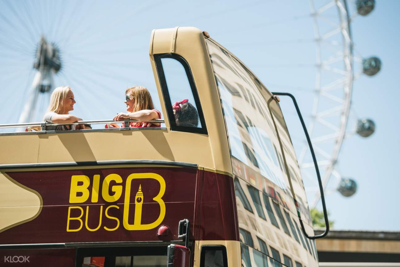 2 girls on the big bus double decker bus