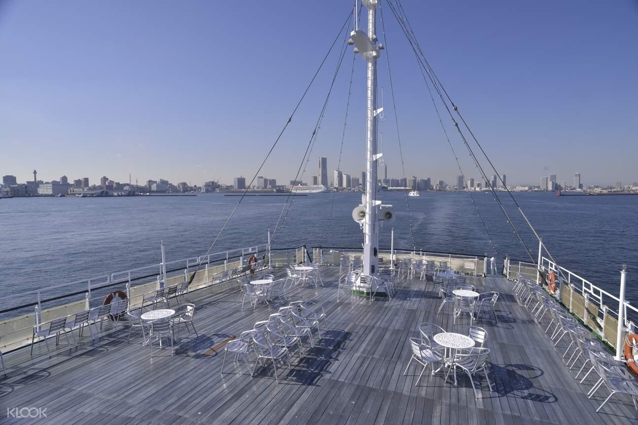 yokohoma cruiseliner