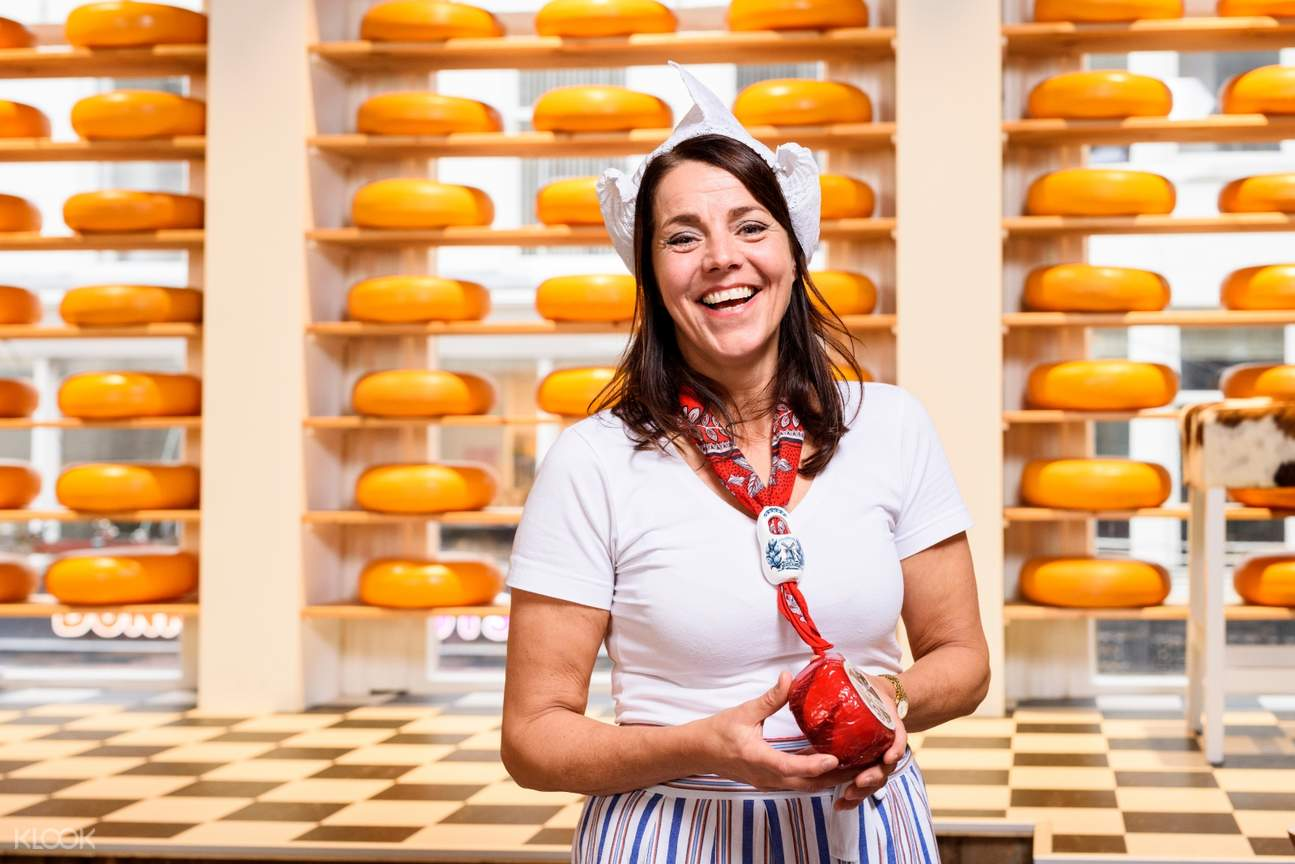 cheese expert at henri willig