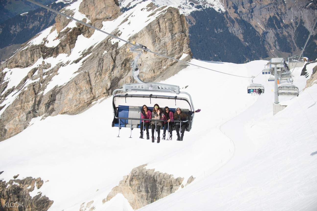 Ice Flyer chair lift