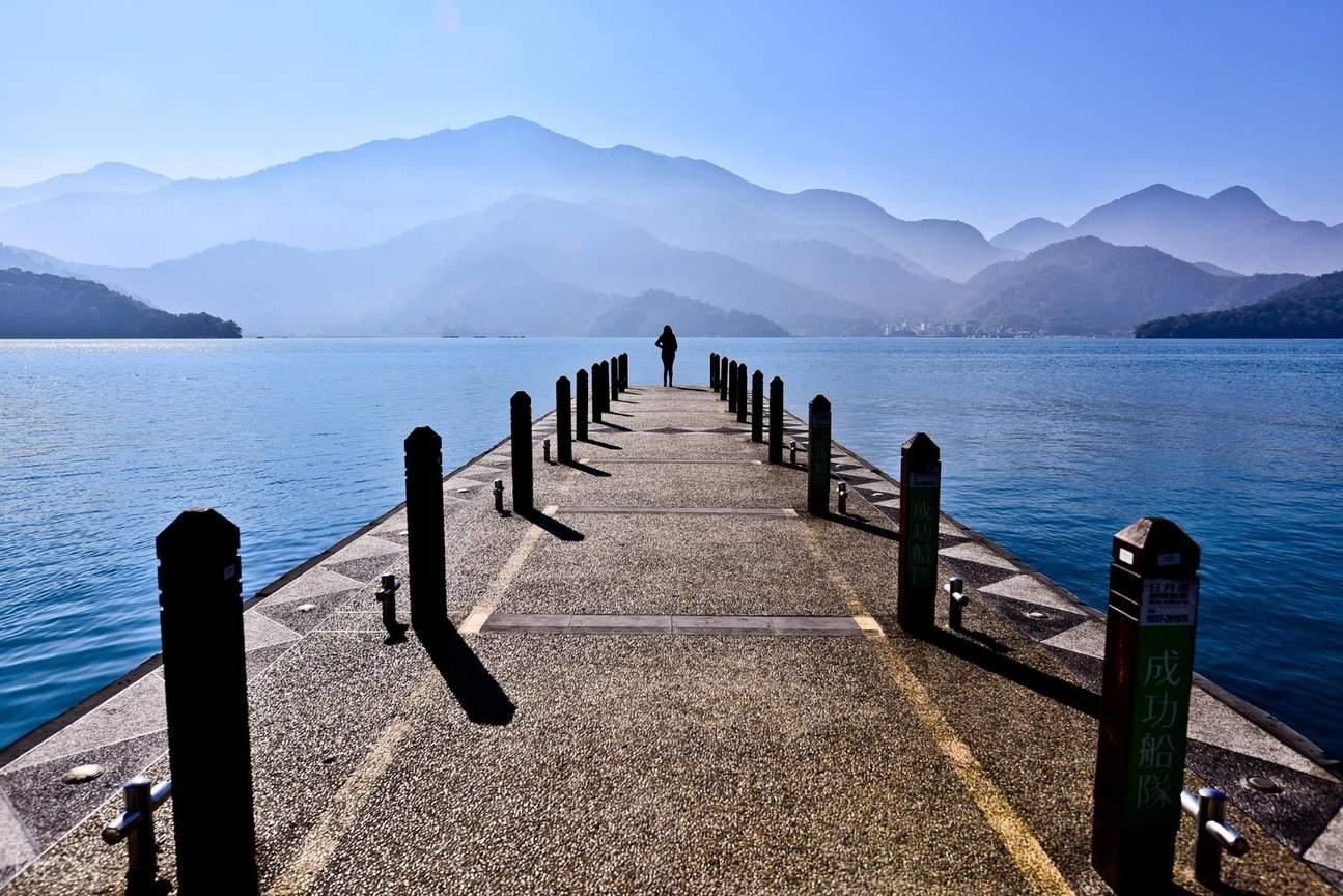 peaceful Shared Transfers between Cingjing Farm & Sun Moon Lake and Taichung, Taiwan