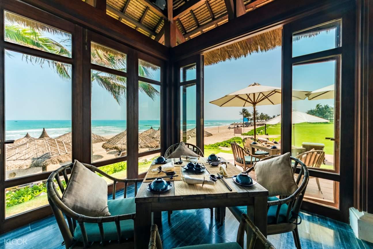 nhà hàng Làng Việt tại của Anam resort