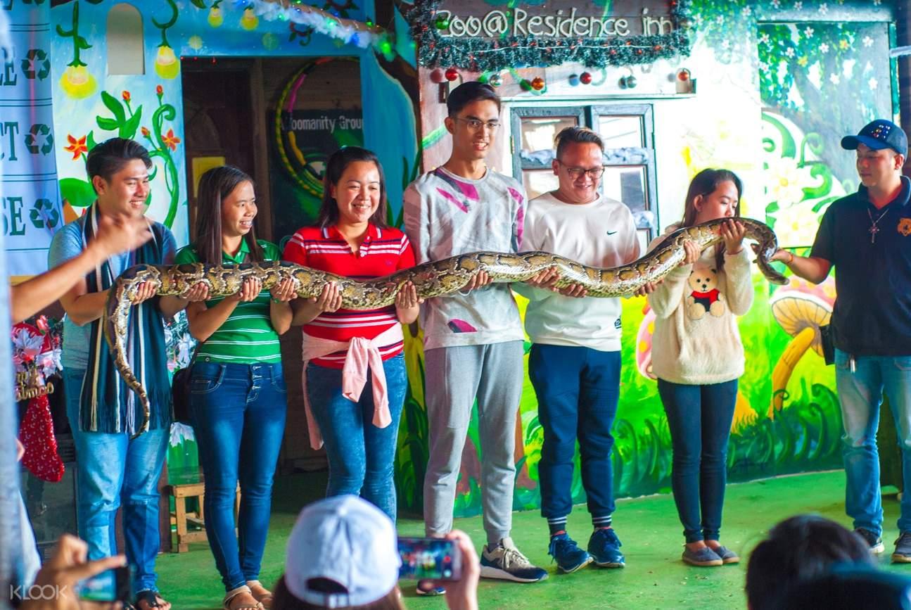 zoori residence inn tagaytay philippines