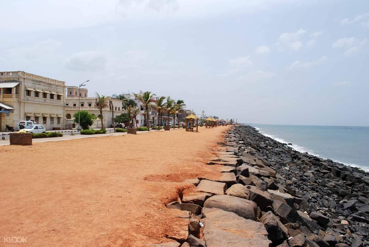 本地治里海滨长廊海滩