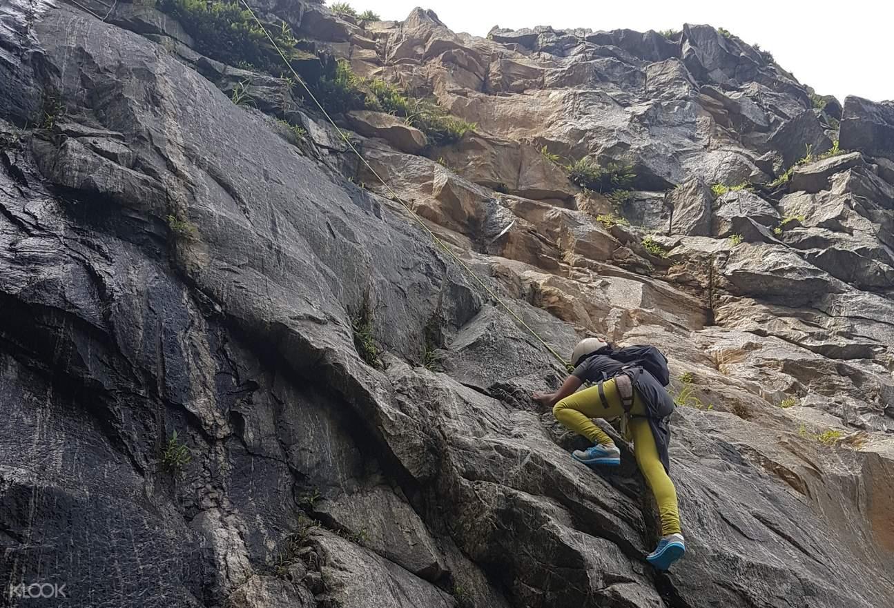 rock climbing madikeri