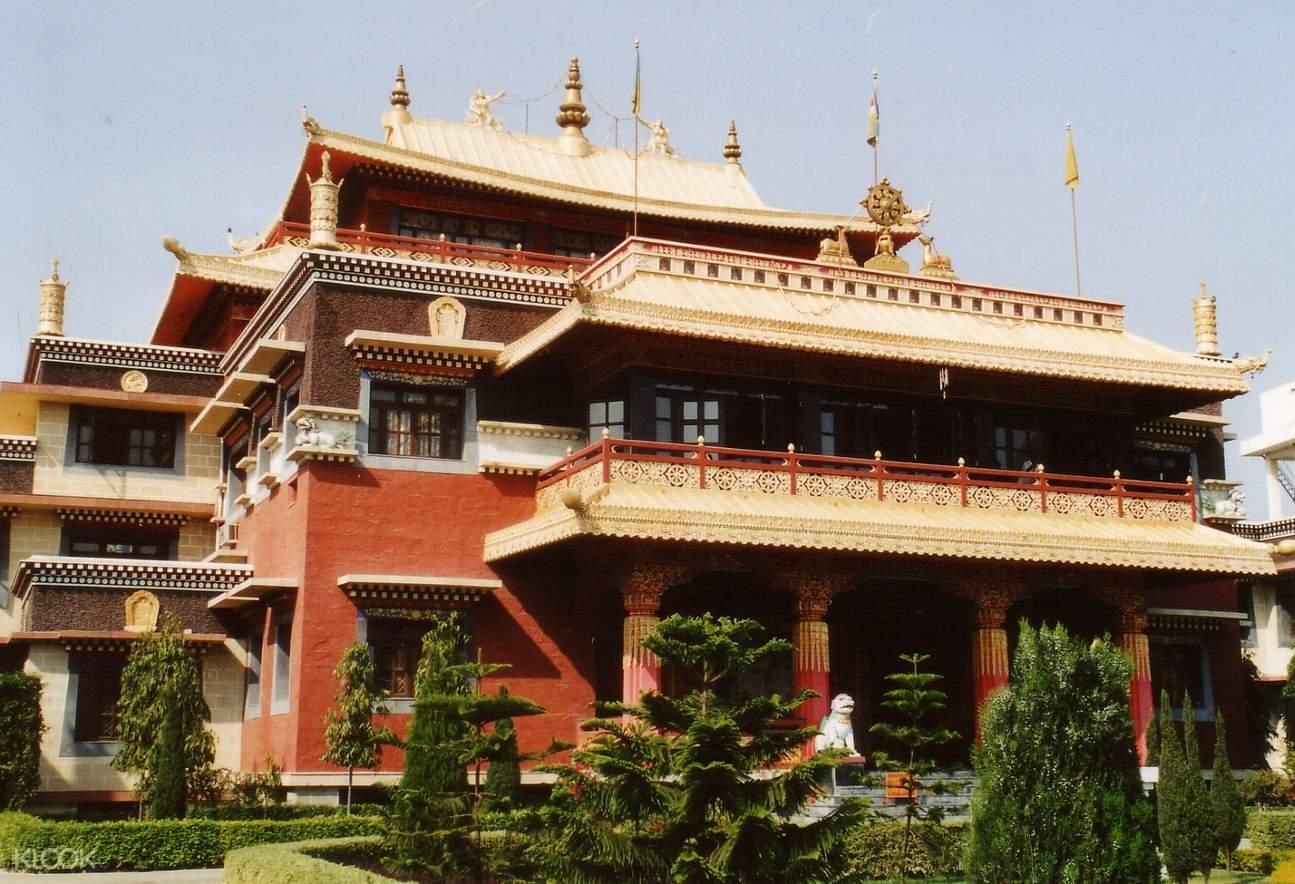 Sarnath Tibetan temple