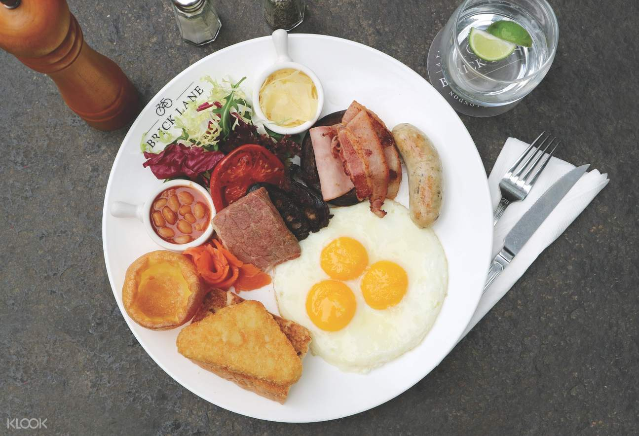 Full English at BRICK LANE in Causeway Bay