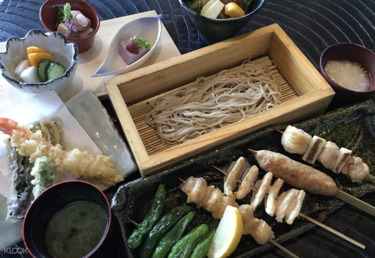 Tenpura noodle at Torisuki (とり数寄) in Ginza - Japanese Skewer and Soba Noddles