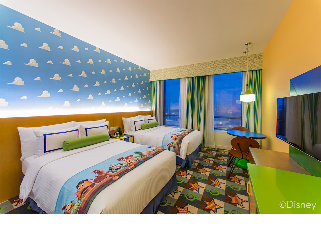 toy story hotel experience