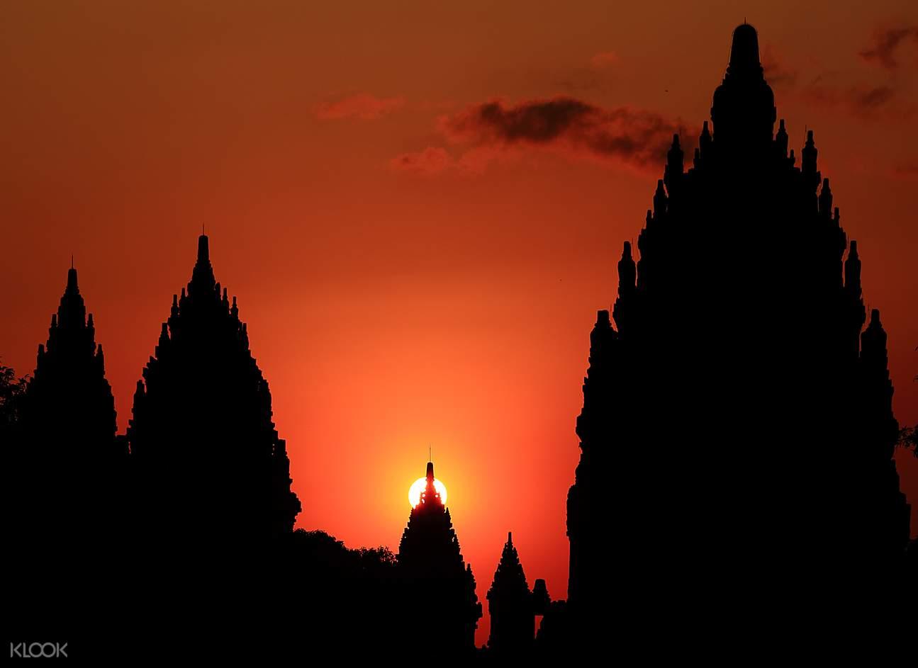 Prambanan temple travel