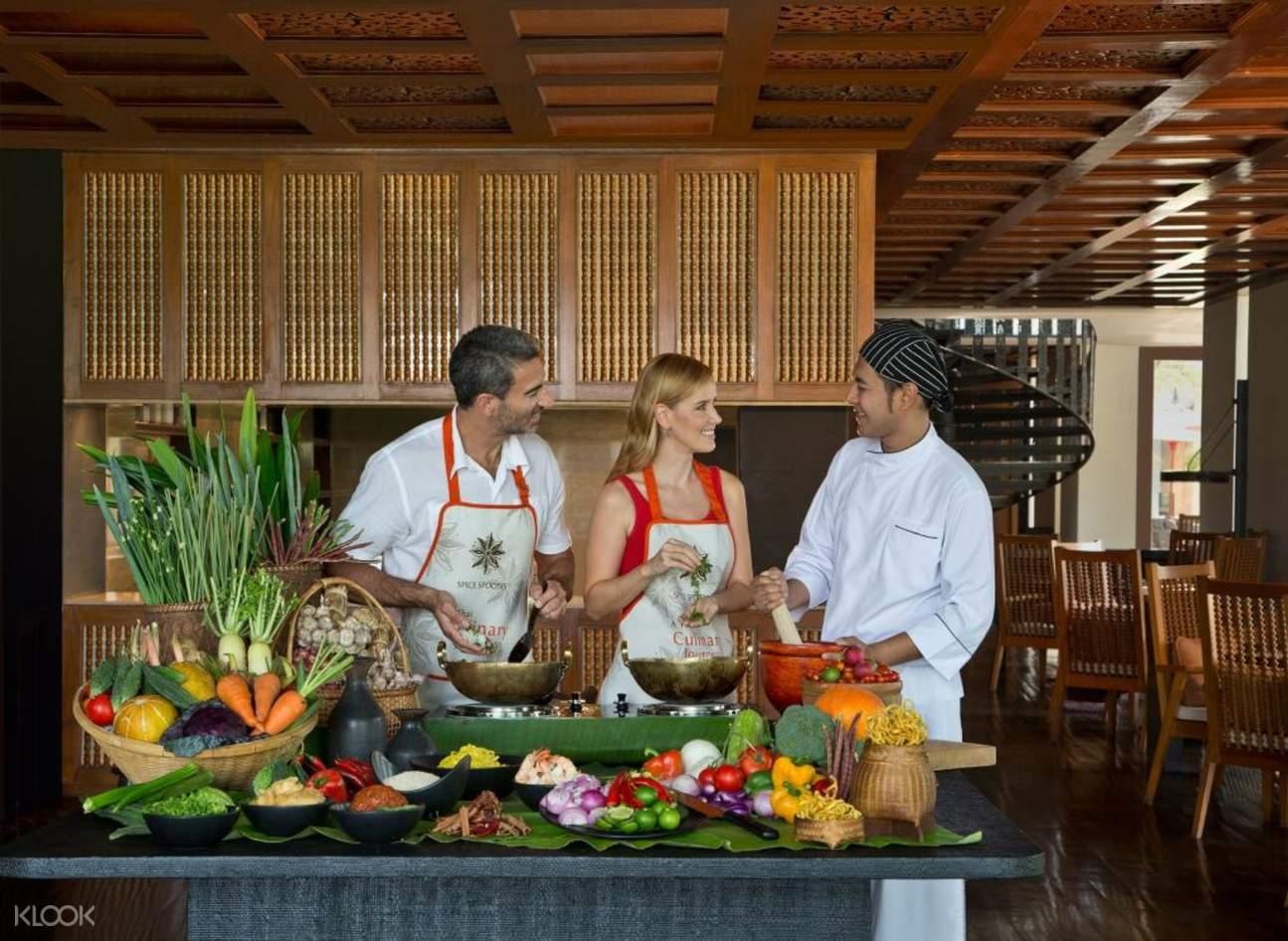 清迈安娜塔拉度假酒店烹饪体验课