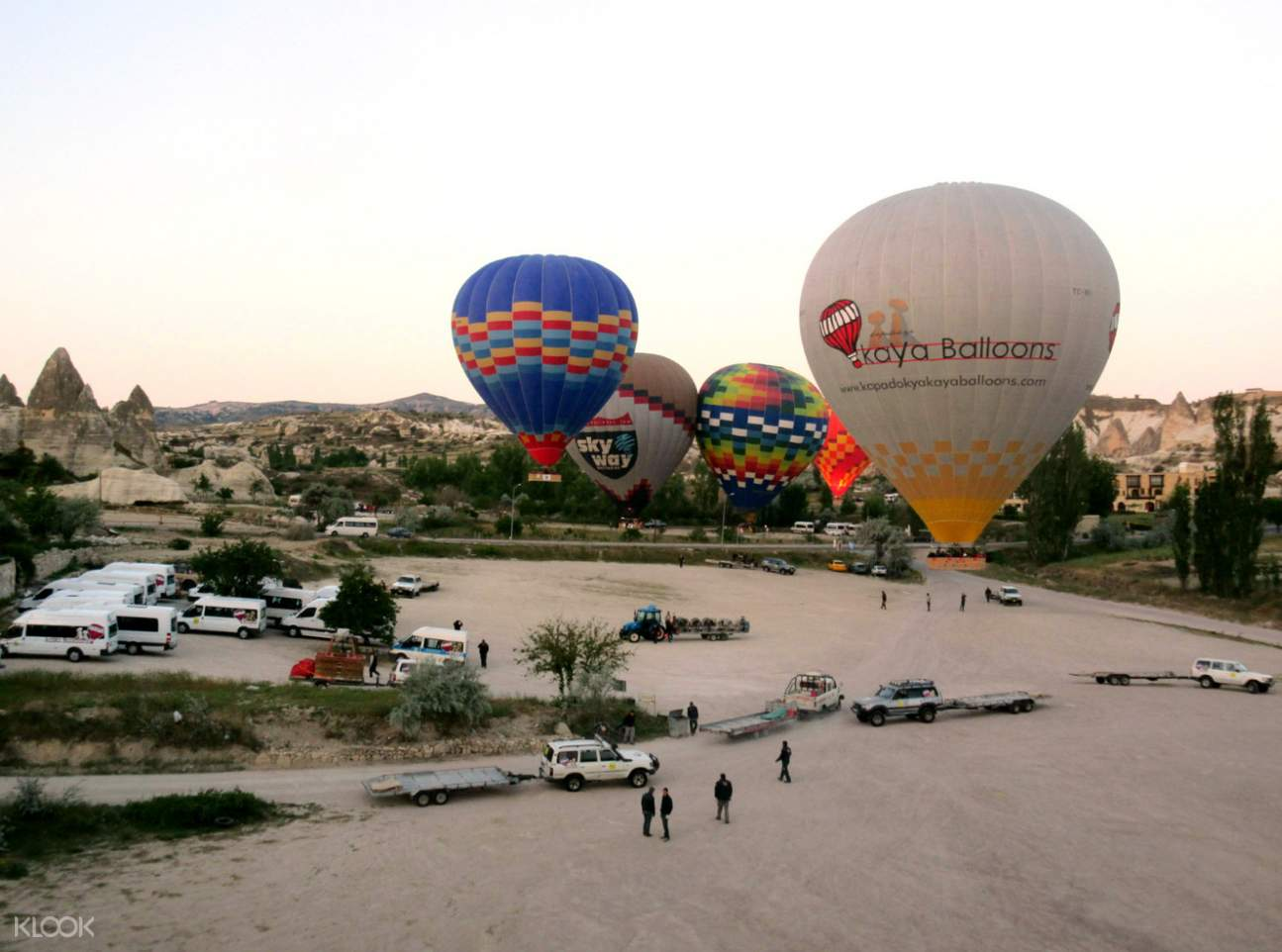 卡帕多奇亚热气球飞行