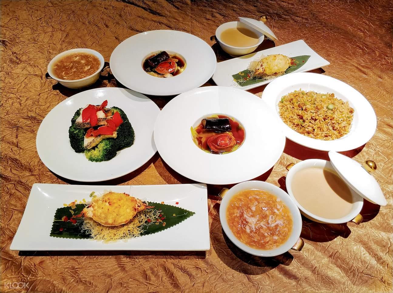 set dinner served at Kwan Cheuk Heen in hong kong
