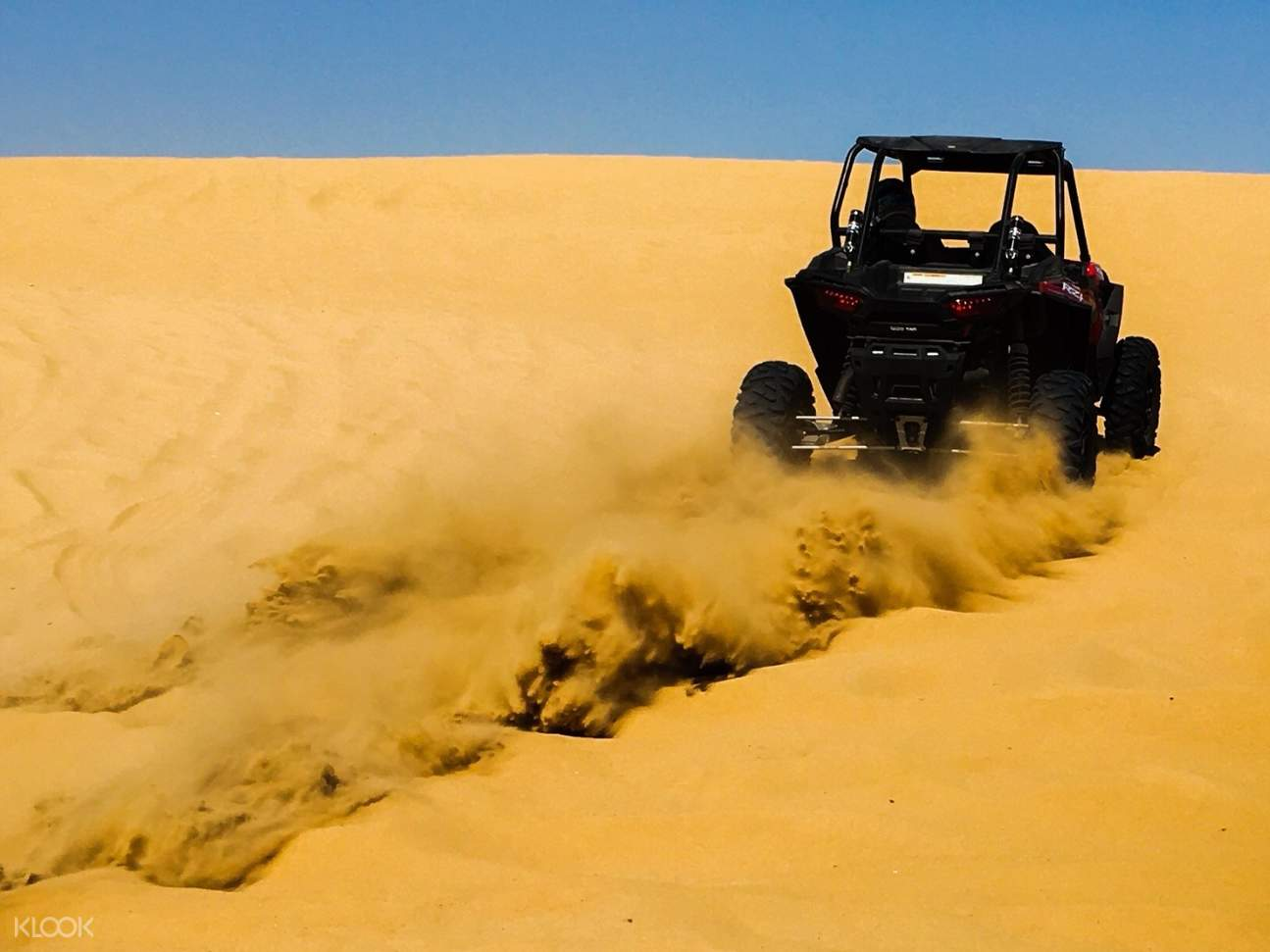 dubai atv over sand