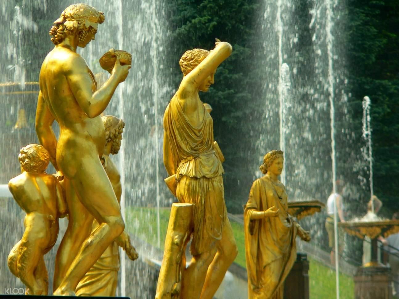 peterhof palace statues