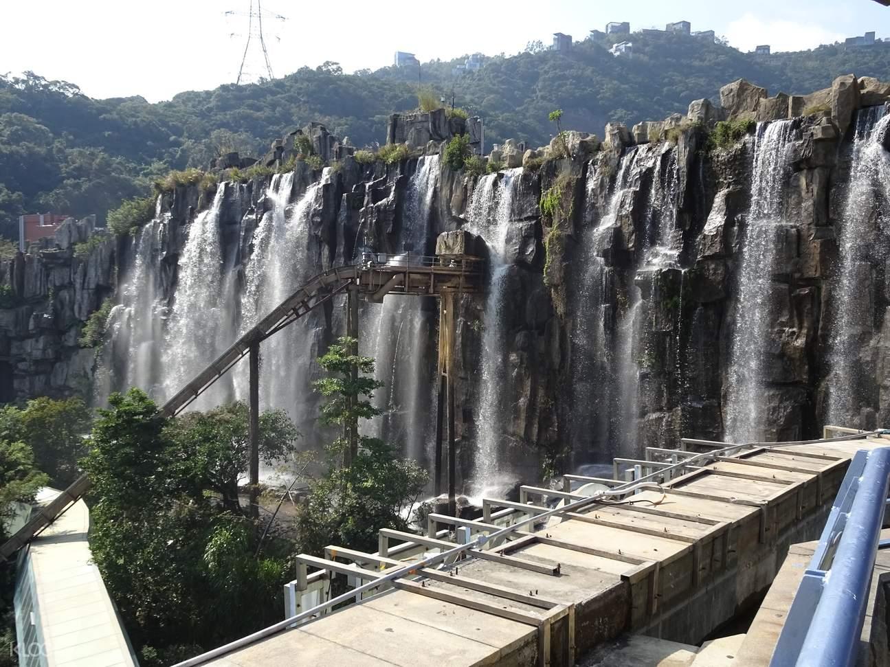 oct east waterfall