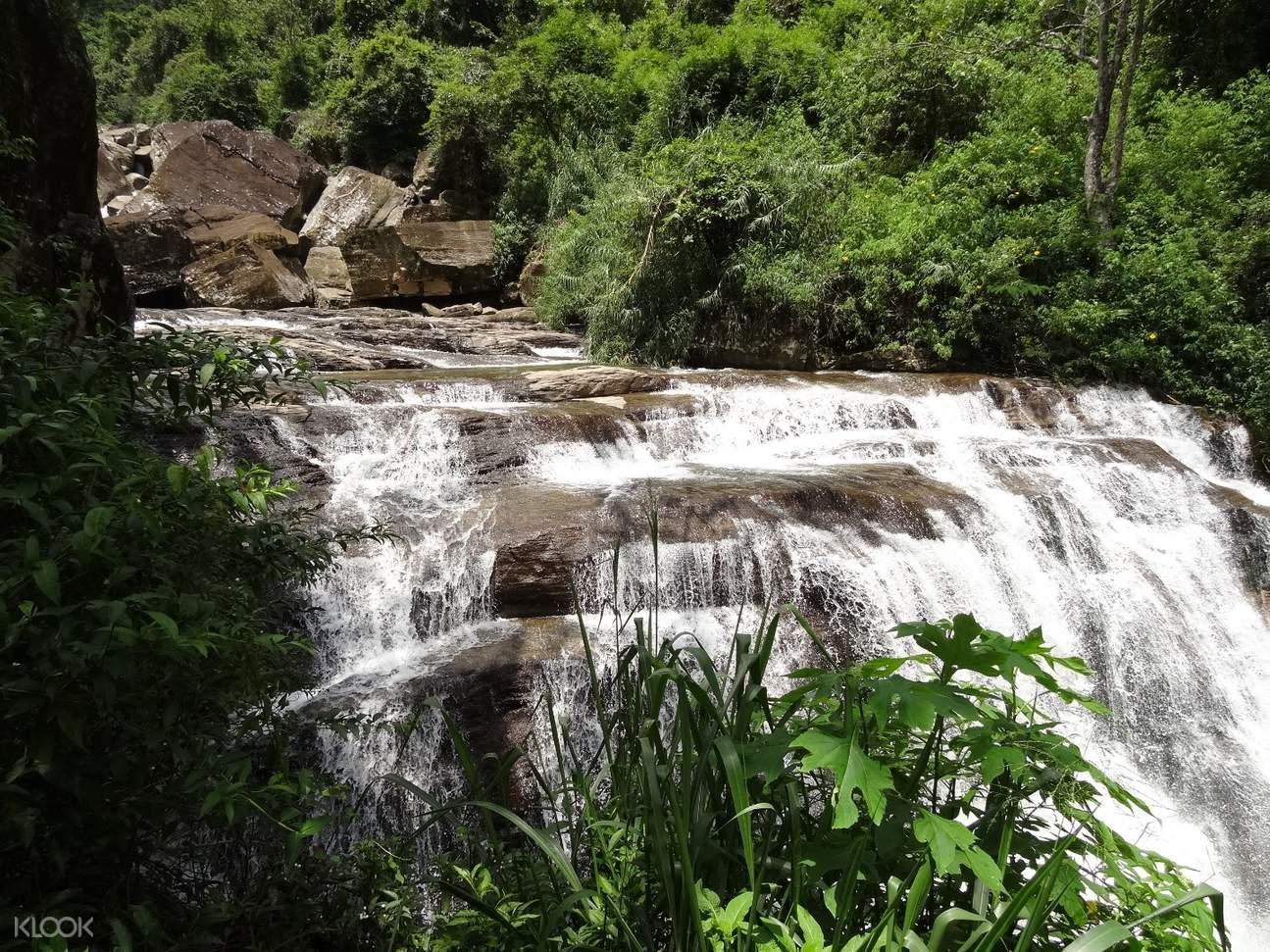 Ramboda water falls