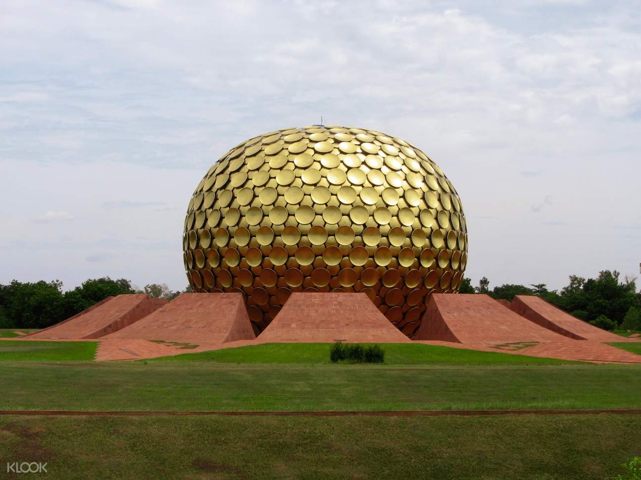 Matrimandir 巨大黃金球