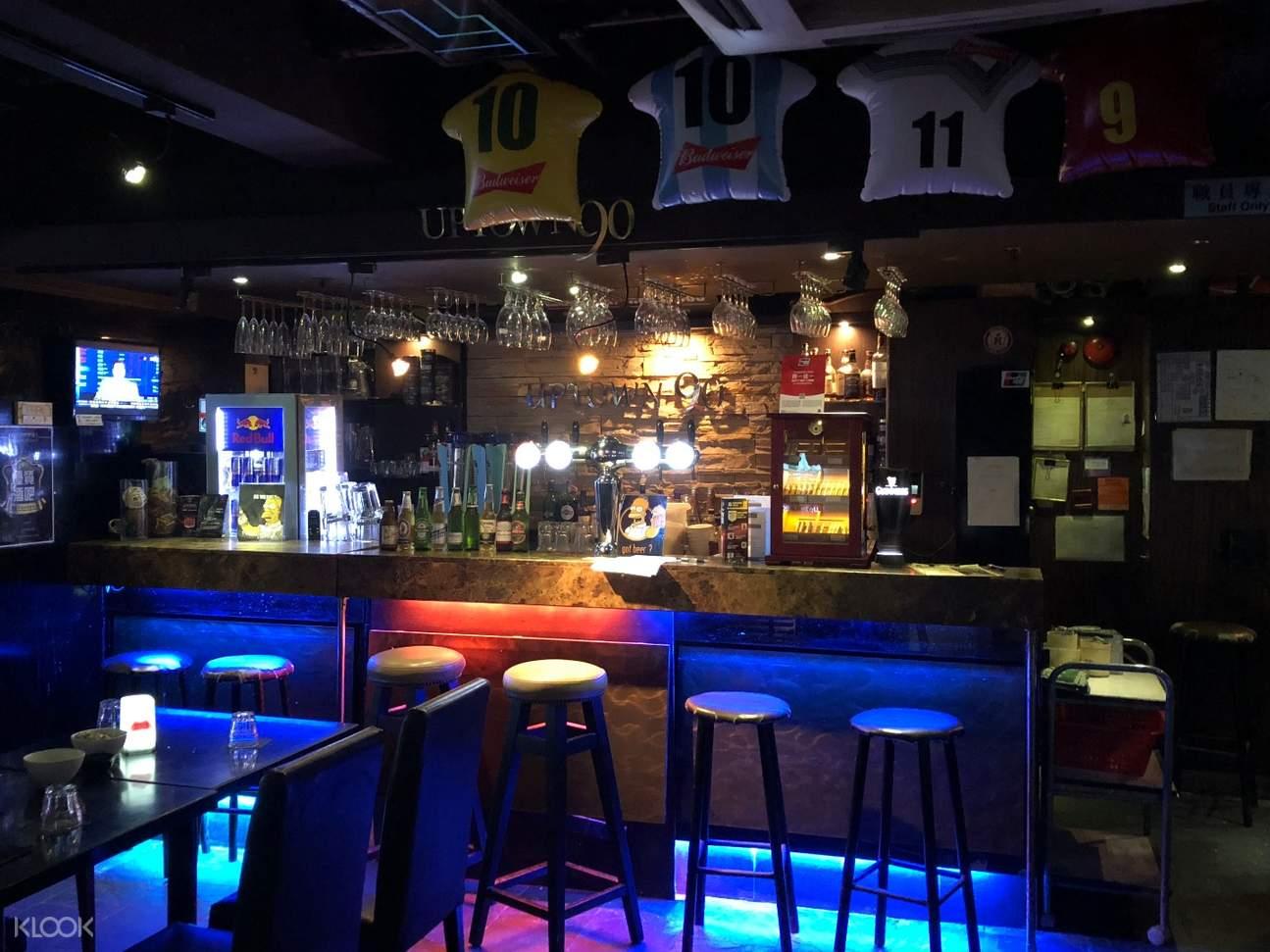 湾仔Uptown 90 Bar & Grill吧台