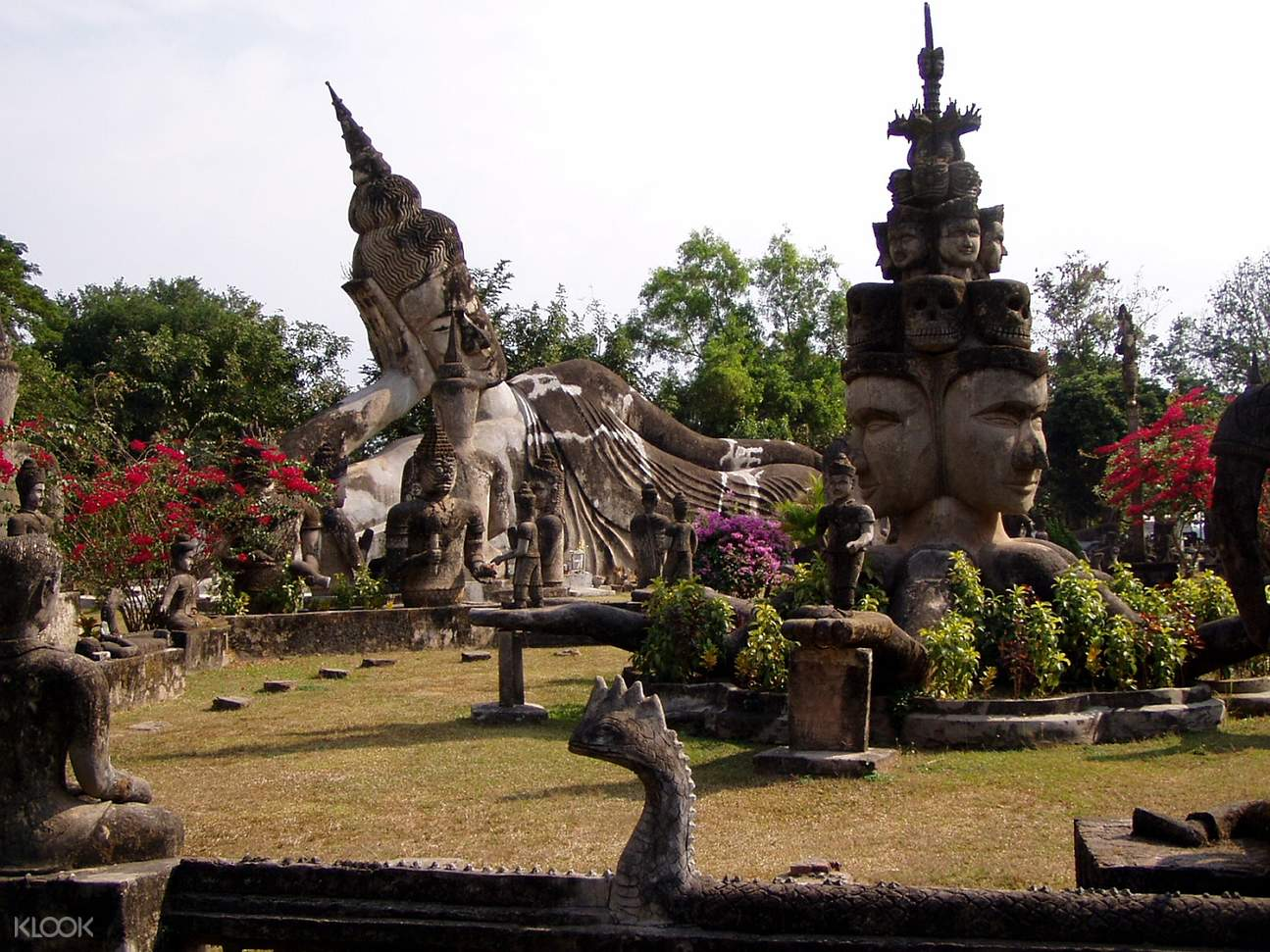 Buddha Park and Lao Textiles Tour