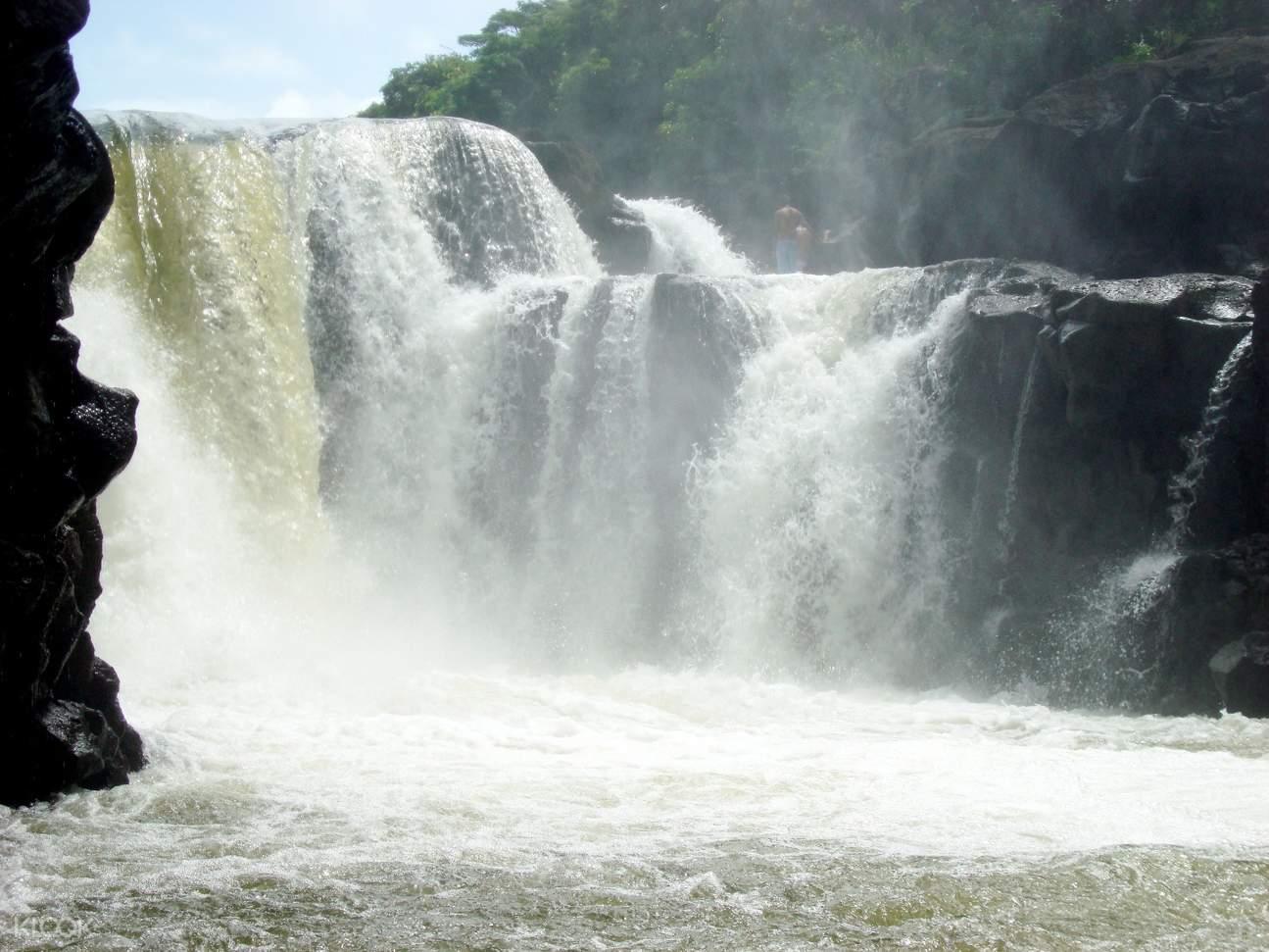 毛里求斯鹿岛,毛里求斯一日游,毛里求斯旅游,毛里求斯著名景点,毛里求斯河口瀑布,毛里求斯中文团