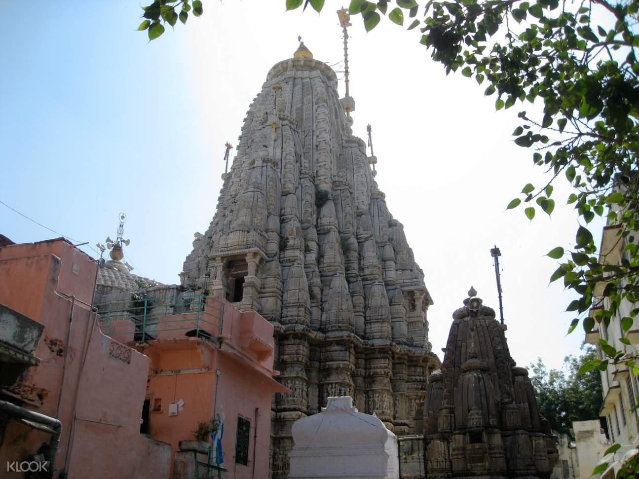 udaipur temple