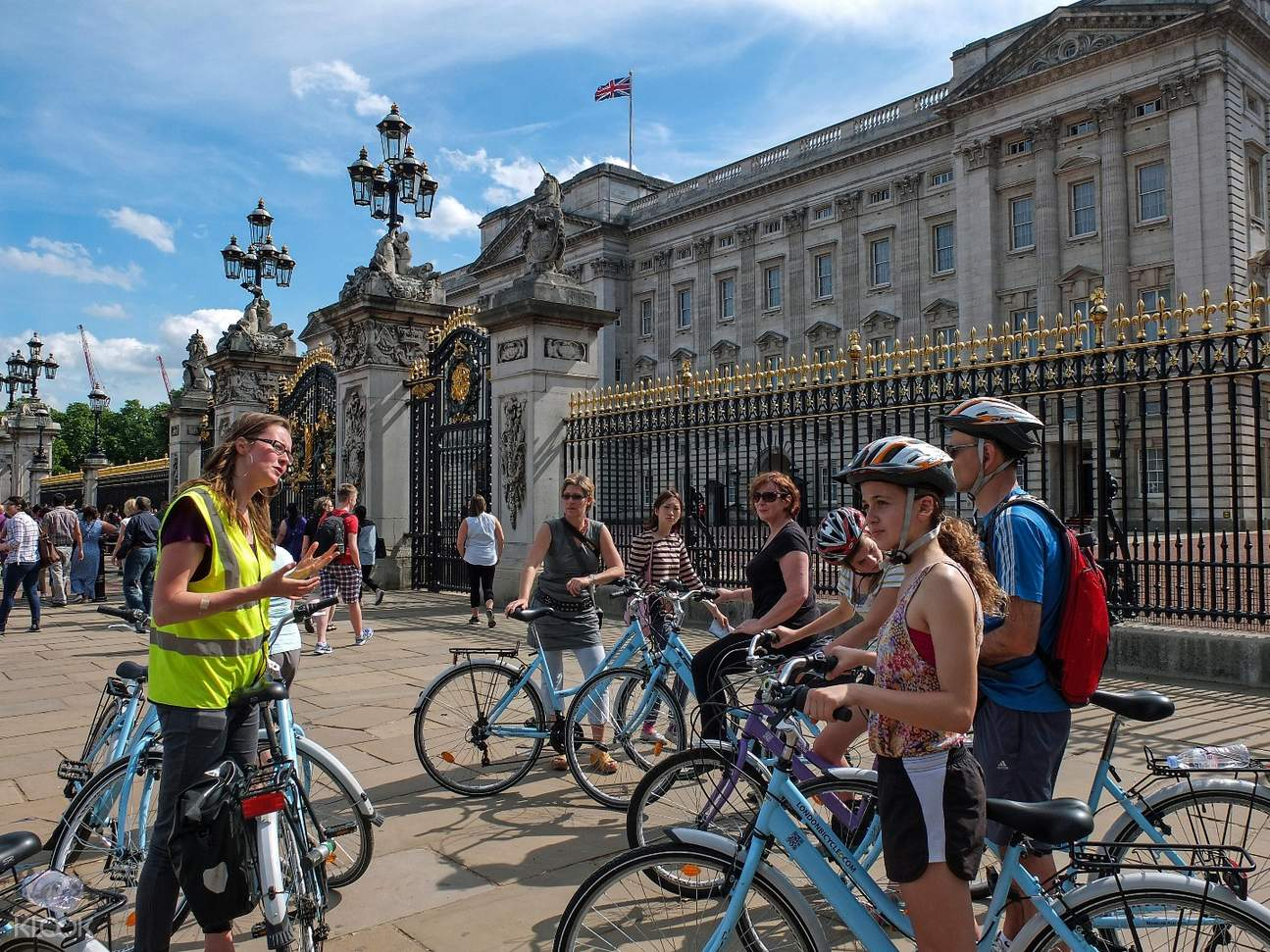 buckingham palace bike tour
