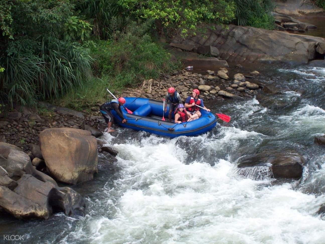 canoeing kitulgala