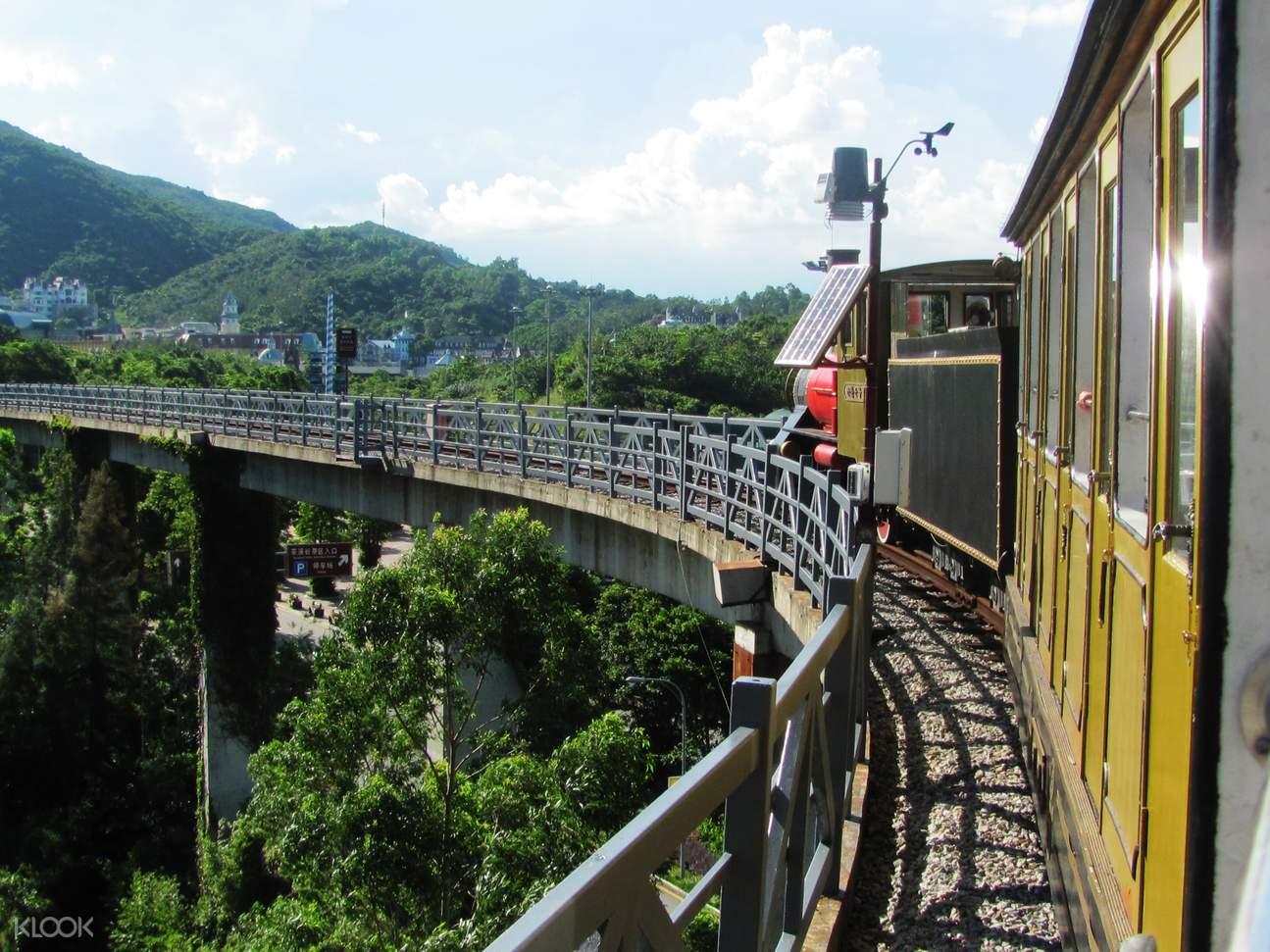 oct east train