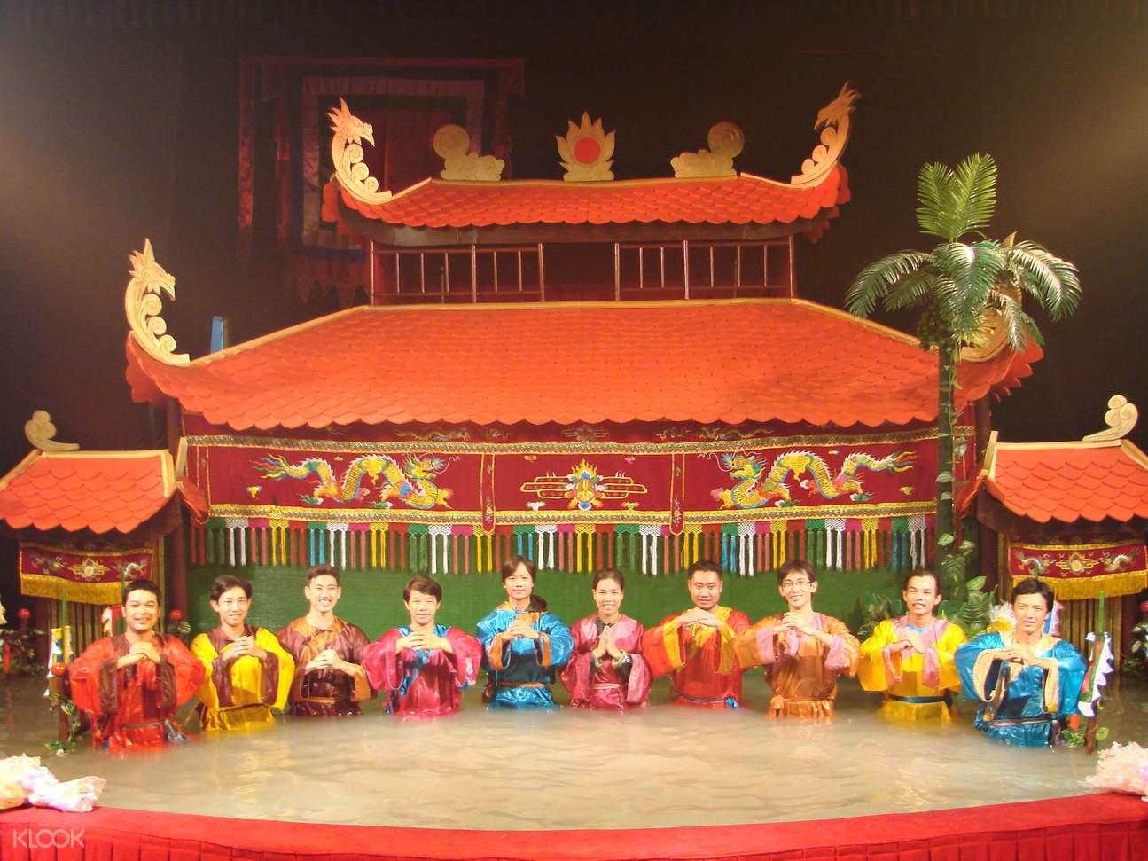 越南木偶戏,水上木偶戏,西贡河,西贡河夜游,西贡夜晚活动,西贡独特体验,西贡夜间游,越南水上木偶戏