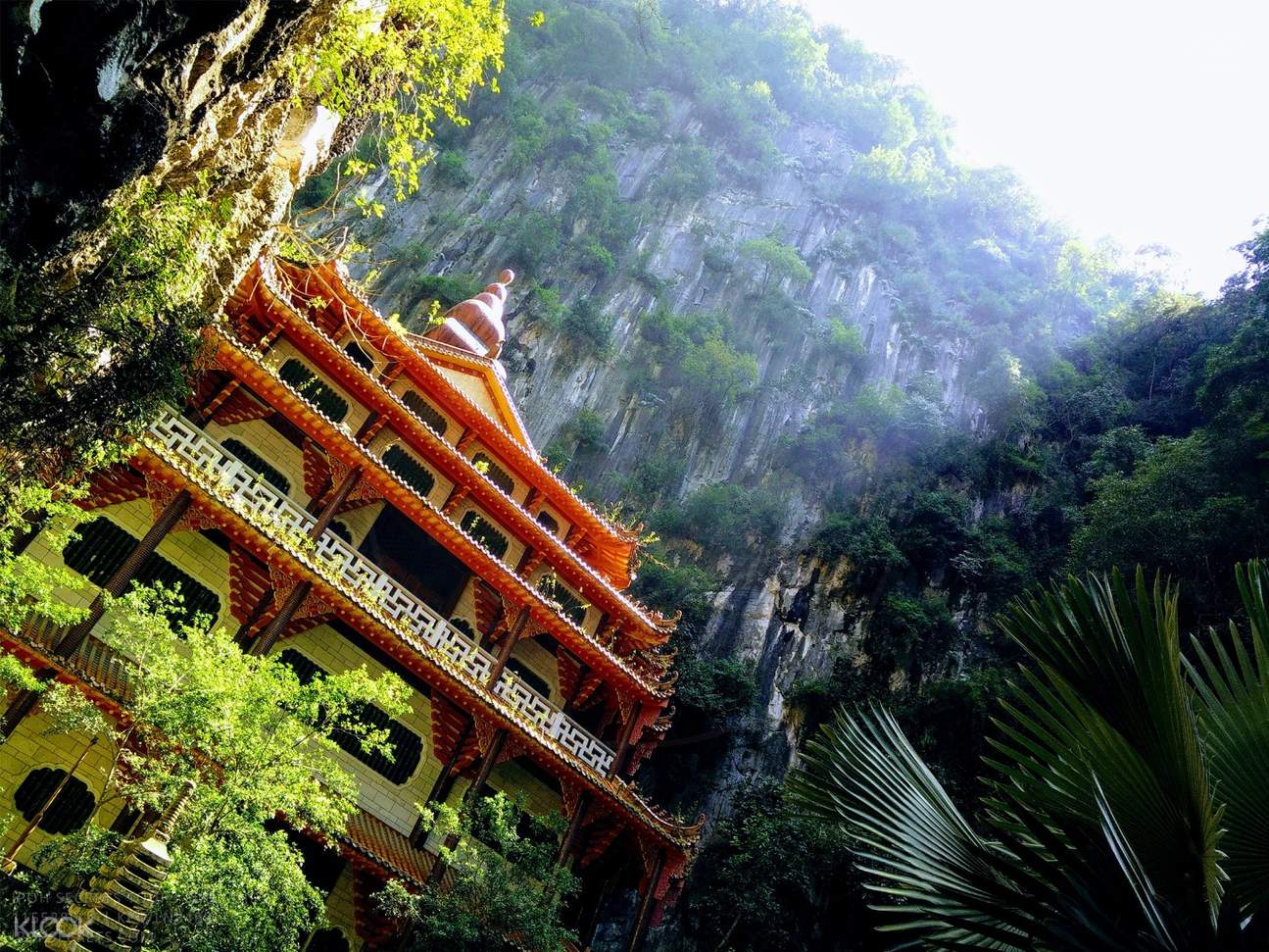 cave temple in malaysia