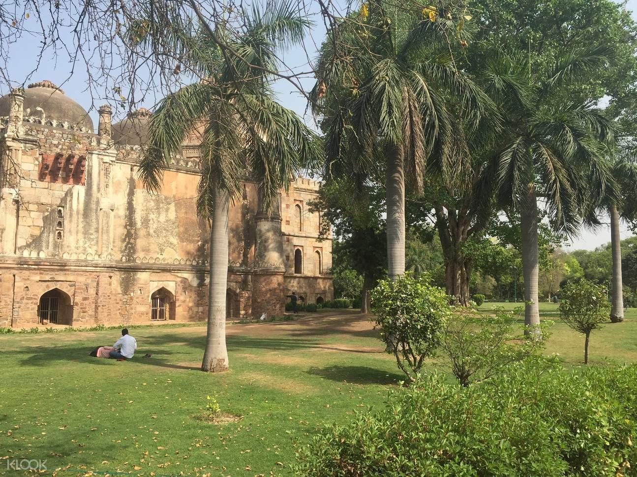 德里,德里清晨,洛迪花园,班戈拉·撒西比谒师所,国会大厦,印度门